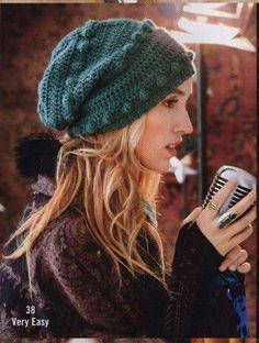 Зимняя шапка крючком от Vogue