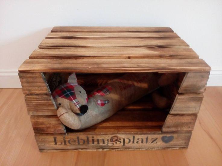 pin von stehh bsch kunsthandwerk wohndeko auf m bel aus obstkisten weinkisten katzen katzen. Black Bedroom Furniture Sets. Home Design Ideas