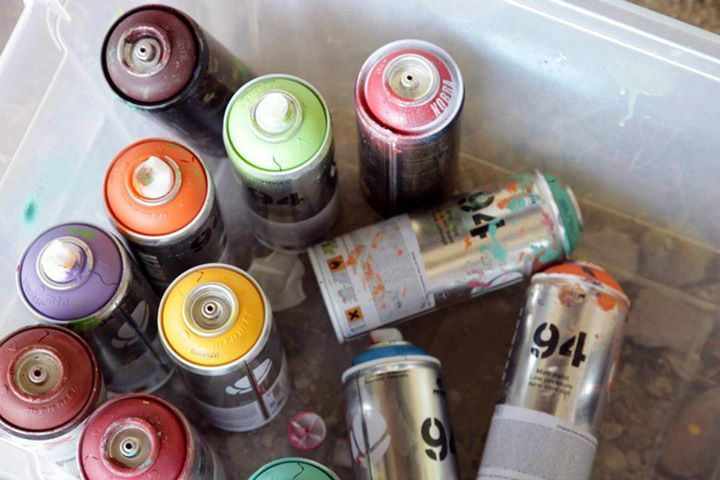 spray paint where to get: local paint store