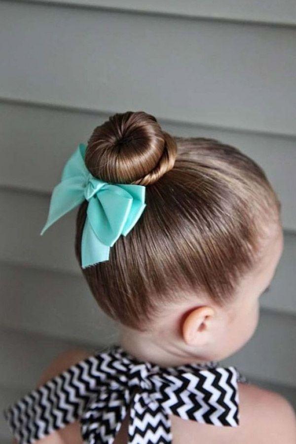 ¿Eres fanática de los peinados? Pues esta nota va perfecta contigo y más aún si tienes alguna pequeña en casa. Estos son algunos de los peinados de moda con los cuales tu pequeña se verá hermosa y moderna. Péinala como lo que es, una princesa.