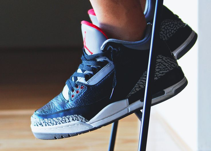Nike Air Jordan III Retro Black Cement (by @jonomfg)