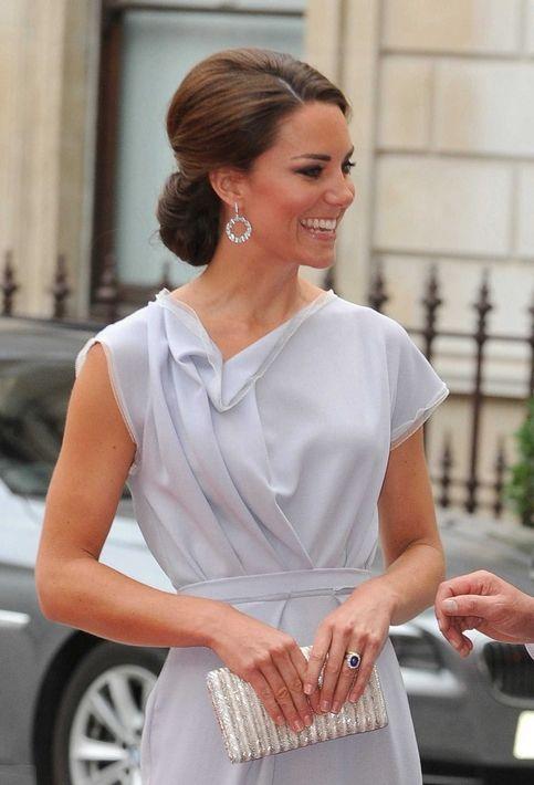 Kate Middleton - So elegant: Duchess Of Cambridge, The Duchess, Hair Styles, Katemiddleton, Style Icons, Kate Middleton, Duchess Kate, The Dresses, Princesses Kate