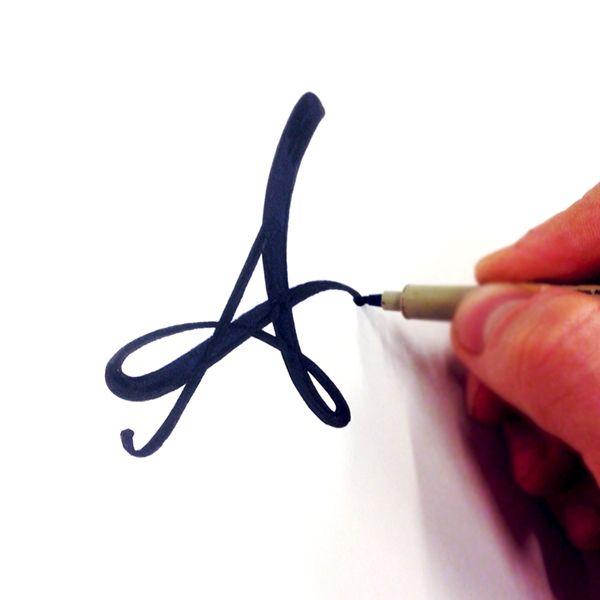 *A* de Armoniosa.  https://www.behance.net/gallery/23838475/Spring-Lettering-2015