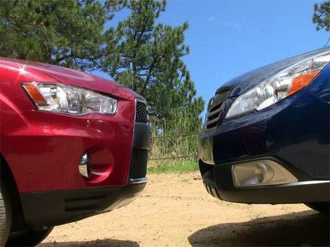 2010 Subaru Outback vs Mitsubishi Outlander off-road review