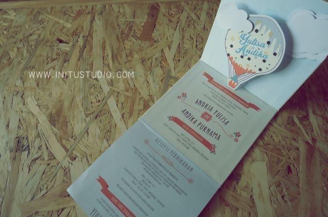 Undangan pernikahan Pop-Up Hard Cover > http://initustudio.com/undangan-pernikahan-unik-kreatif/