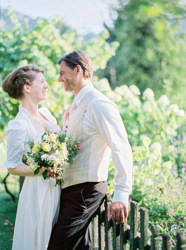 17 Best images about Tracht Hochzeit on Pinterest  Dirndl, Silk and ...