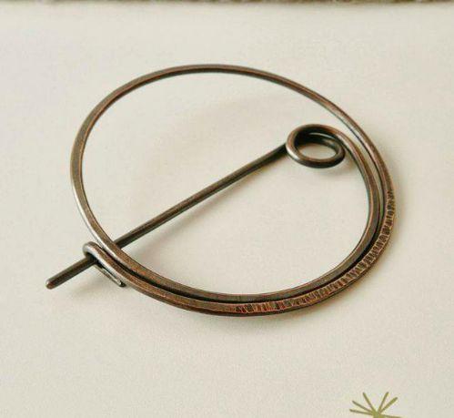 Round Wire Pin Handmade