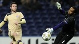 Helton (FC Porto) & Duje Čop (GNK Dinamo Zagreb) | Porto 3-0 Dínamo Zagreb. 21.11.12.