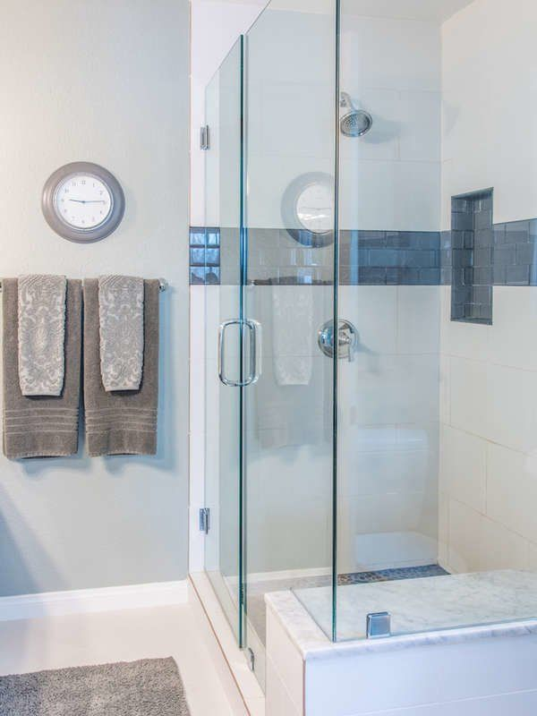 20 Crazy Cleaning Tips That Actually Work   Glass shower doors