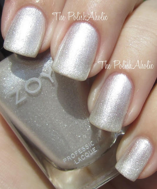 kind of like this polish for our pedicure, very simple & natural