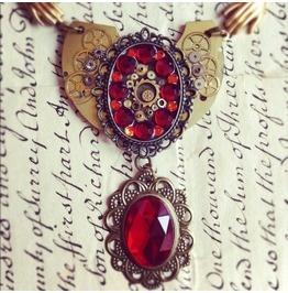 Game Thrones Inspired Steampunk Kings Hand Necklace