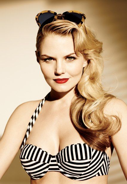 Jennifer Morrison's Vanity Fair shoot. Gorgeous woman.