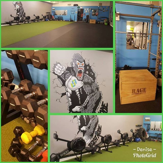 Congratulations to Strive 4 Fitness Riverside on the opening of their brand new facility!  We were honored to work with Strive to outfit the facility with Body-Solid R300 Rowers power racks dumbbells accessories and much more.  #riverside #chicago #bodysolid #fitness #gym #gyms #training #personaltraining #strive4fitness #striveforfitness #strive4fitnessbrookfield