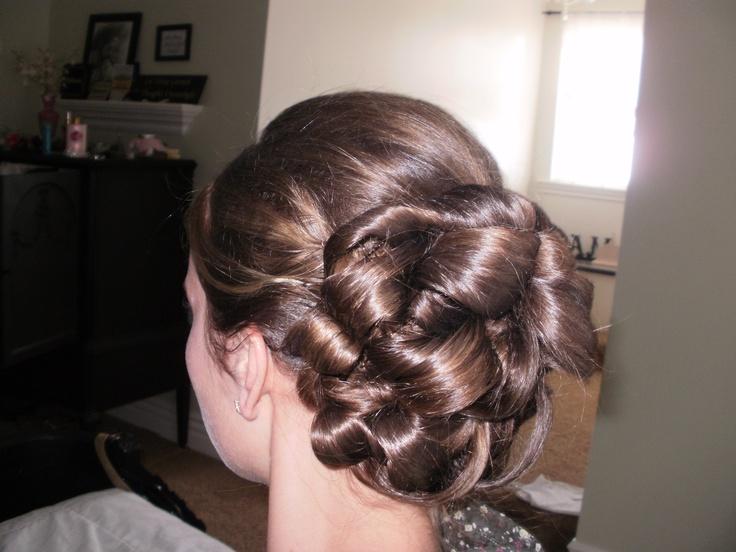 Beautiful pinned up hair. Pentecostal hair. Love it!
