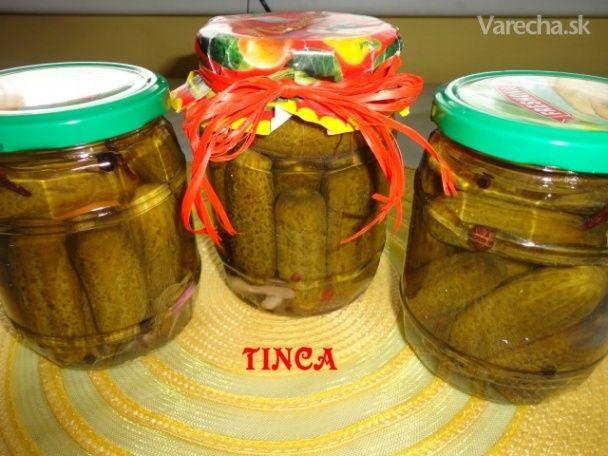Nakladané uhorky v korenenom sladko-kyslom náleve