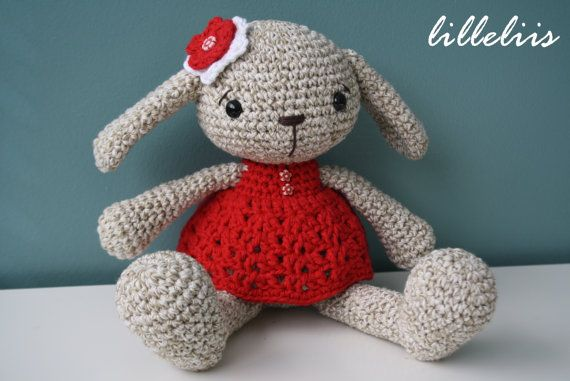 PATTERN - Miss Bunny (crochet, amigurumi)