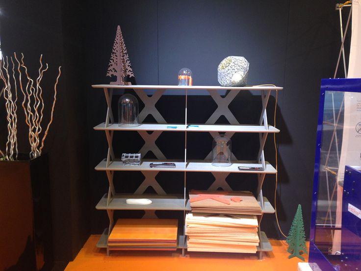 1010 Shelf System est présentée lors du salon ESPRIT MEUBLE du 6 au 9 décembre 2014 porte de Versailles Hall 7.3 #étagère #shelf #shelfsystem #bibliothèque #mobilier #meuble  #furniture #valchromat