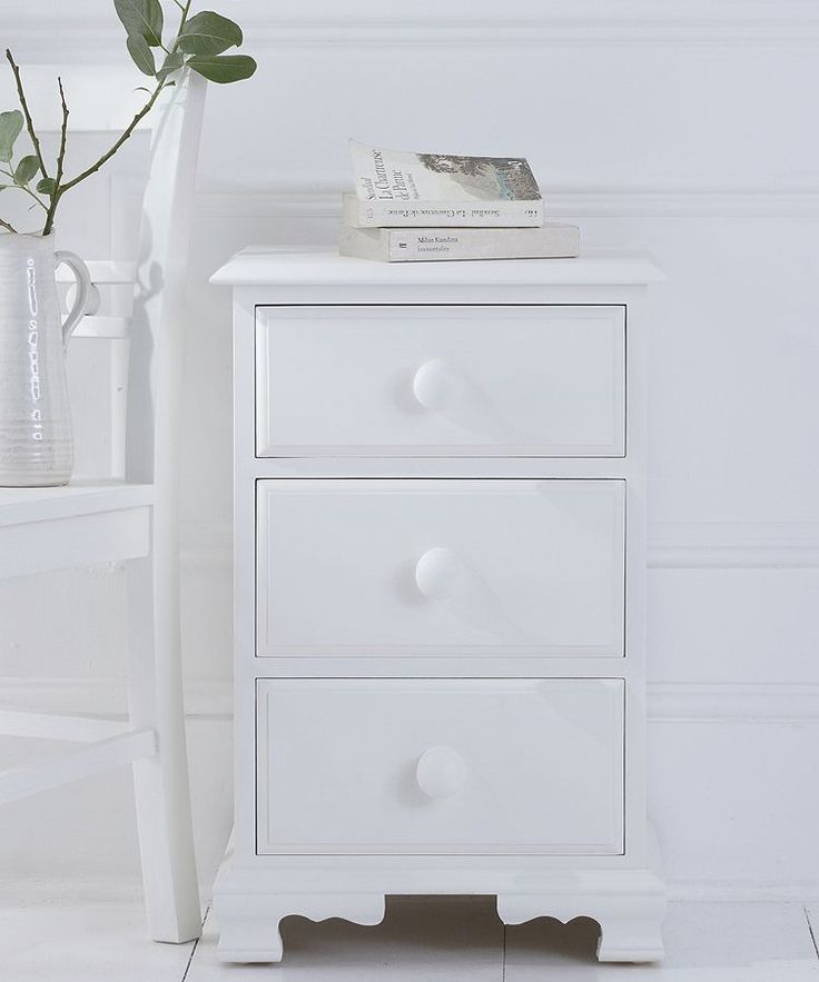 Classic bedside table unit with pretty ogee feet, solid pine construction & sturdy dovetailed drawers. Painted to order in one of 20 carefully chosen classic colours. Also custom paint to order.