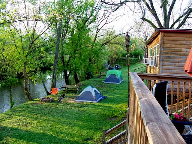 Waldens Creek Campground at Pigeon Forge, Tennessee ...