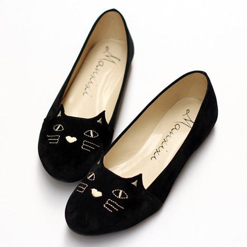 Cute cat flat shoes http://amzn.to/2k2HTMQ