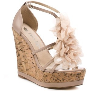 omg so in love: Floral Wedges, Blushes Wedges, Summer Blushes, Spring Dresses, Sandra Wedges, Clothing, Corks Wedges, Wedges Shoes, Woman Shoes