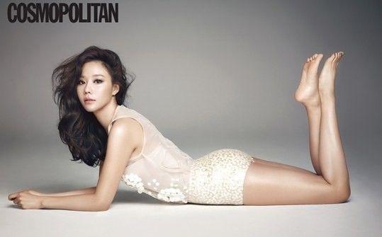 Kim Ah Joong looks glamorous for 'Cosmopolitan' + gives some beauty tips   allkpop.com