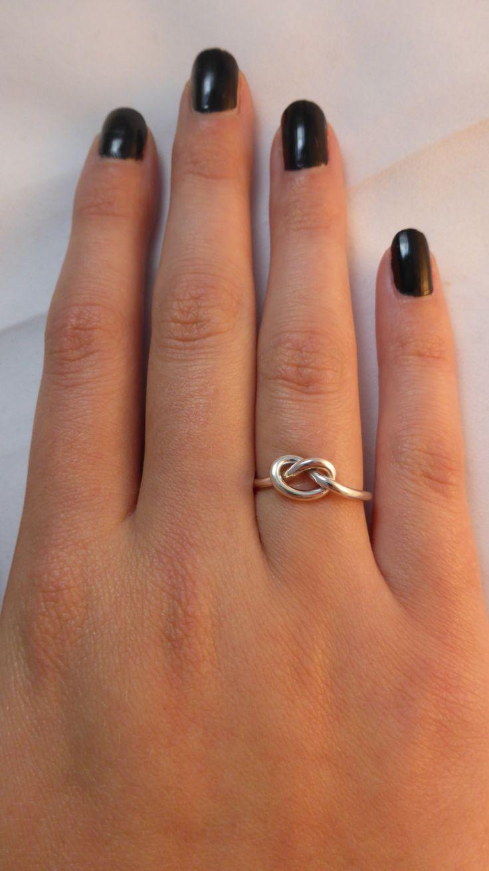 1000 ideas about celtic love knot on pinterest hand. Black Bedroom Furniture Sets. Home Design Ideas