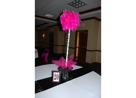 Diy feather boa topiary centerpiece fabric and tulle in