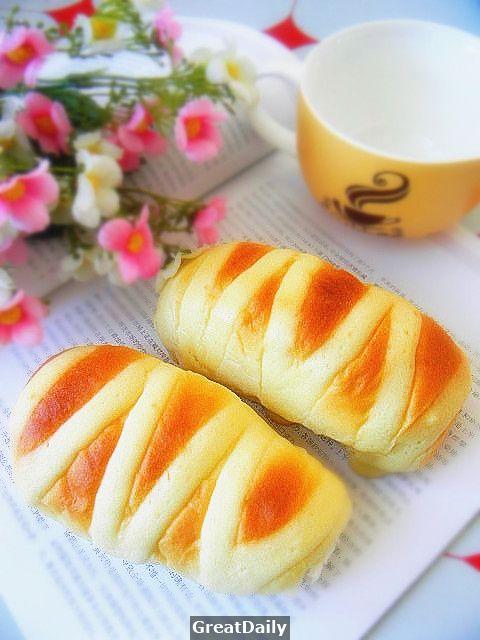 讓麵包變得更迷人——淡奶油麵包