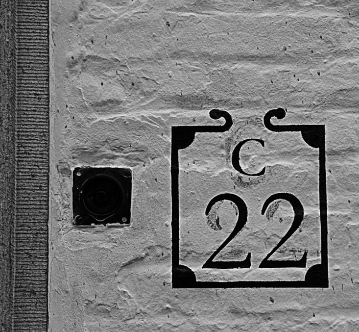curb-appeal-painted-house-numbers-bruges-belgium-gardenista - Provided by Gardenista