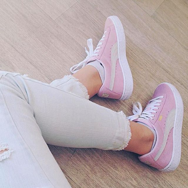 Inspirational Quote: Sneakers femme  Puma Suede light pink (coline_rubino)