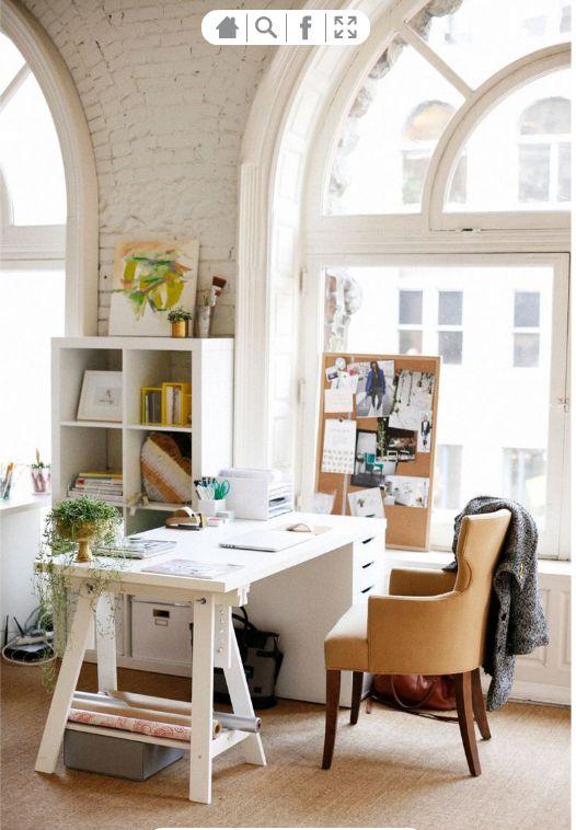 gorgeous and functional office spaces arbeitszimmer arbeitsbereiche und einrichtungsideen. Black Bedroom Furniture Sets. Home Design Ideas