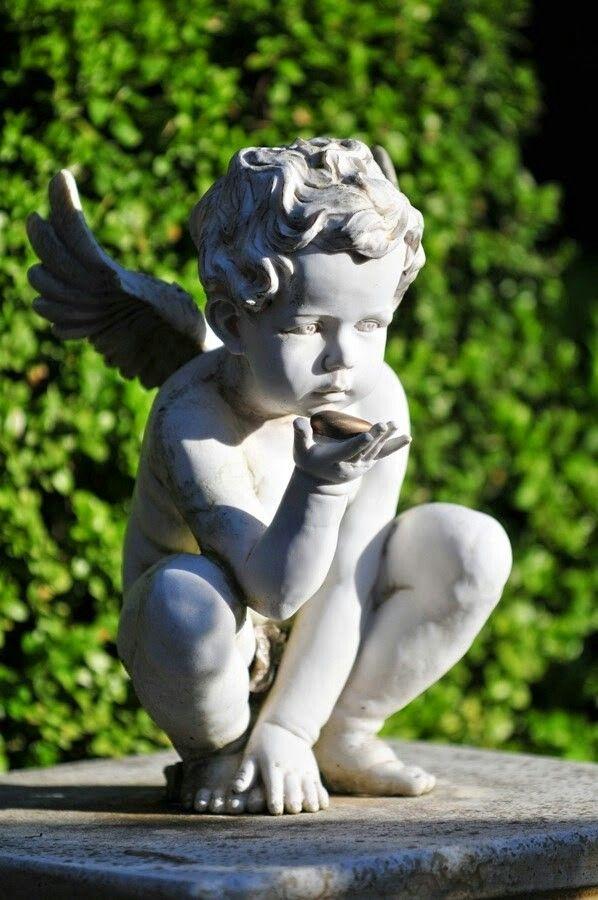 Cute Statue of Angel...luv Angel