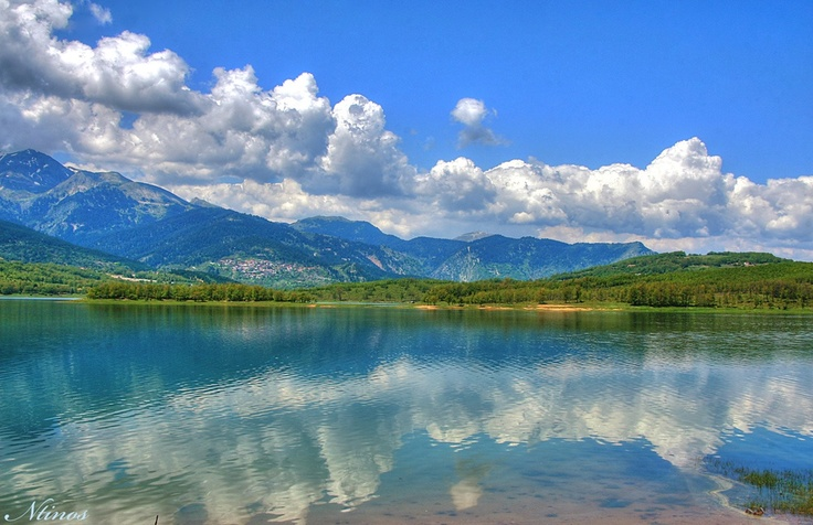 Plastiras Lake- Karditsa  Greece http://www.digital-camera.gr/photos/limni_plastira_77628.jpg