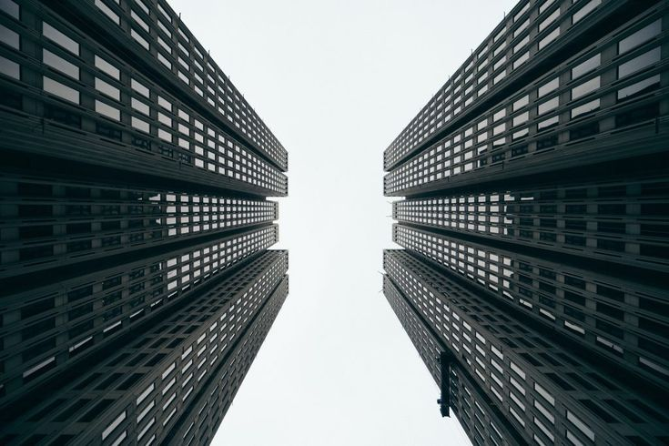Download this free photo here www.picmelon.com #freestockphoto #freephoto #freebie /// Soaring Skyscrapers | picmelon