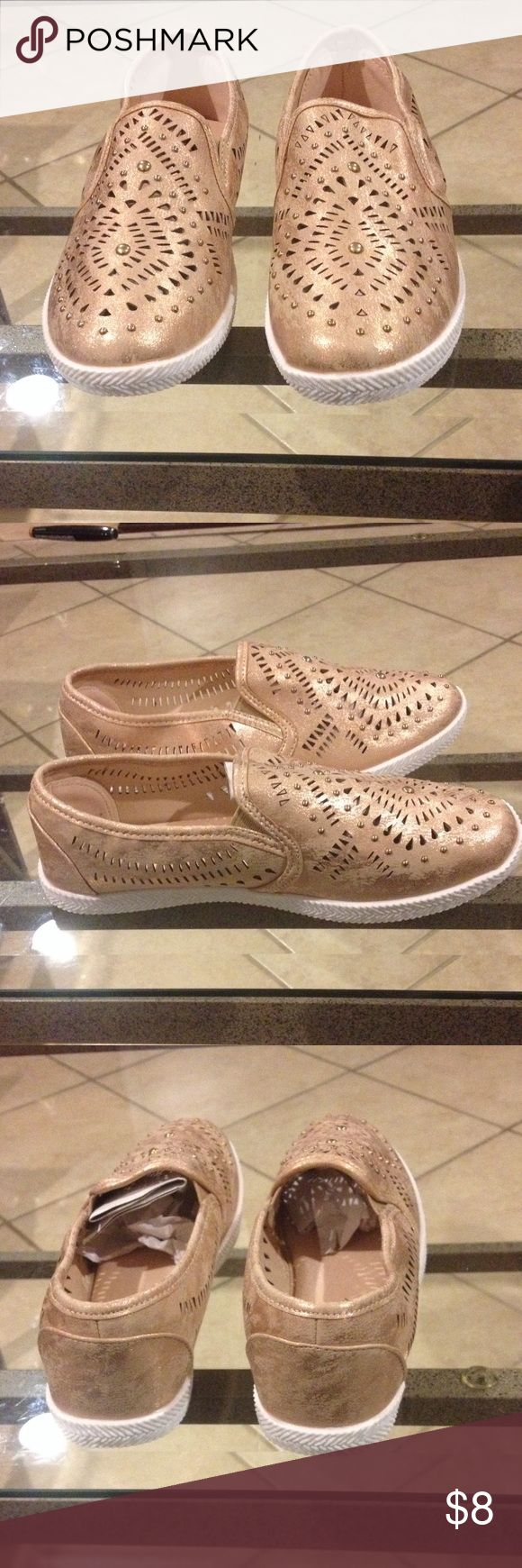 Size 6 Cushion Walk memory foam sneaker NWT Size 6 Cushion walk memory foam laser cut sneaker new with tags rose/gold Cushion Walk Shoes Sneakers