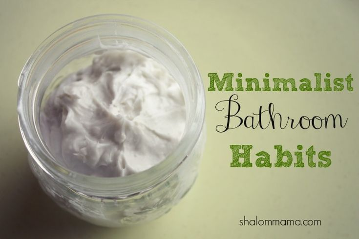 Minimalist bathroom habits, including homemade shampoo with baking soda, homemade conditioner with apple cider vinegar and a few other wonderful things!