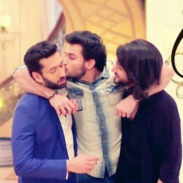 Today's O'bro moment... Love their chemistry....☺ #ishqbaaaz❤❤ #ishqbaaaz #oberoi #brothers #ishqbaaz❤❤