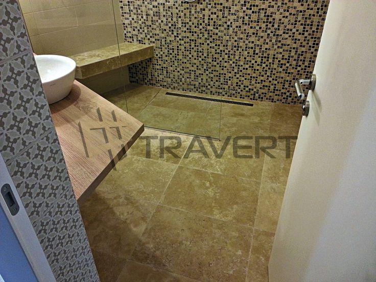 Travertínová kúpeľna s mozaikou a luxusná vaňa | Travert s.r.o.