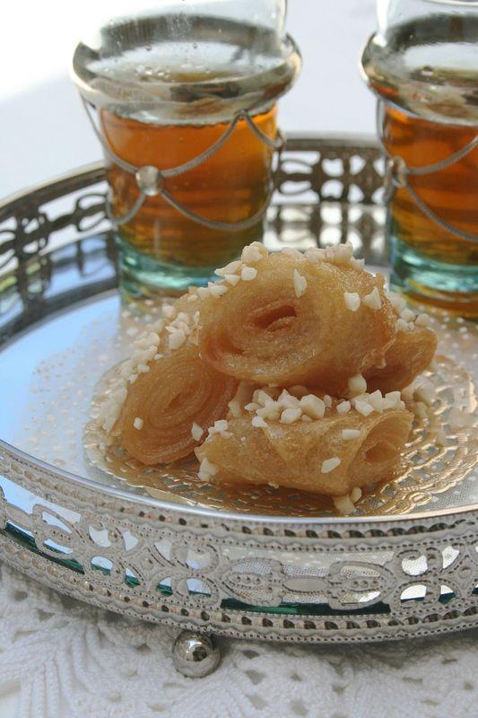 Rouleaux au miel et amandes, pâtisserie marocaine très facile à faire