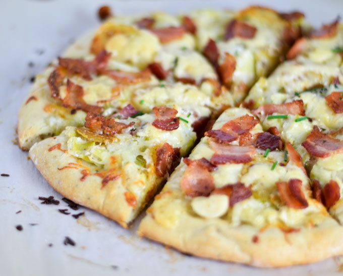 #Irish Pizza w/ #Bacon, Leeks and Potatoes - http://www.lexibites.com