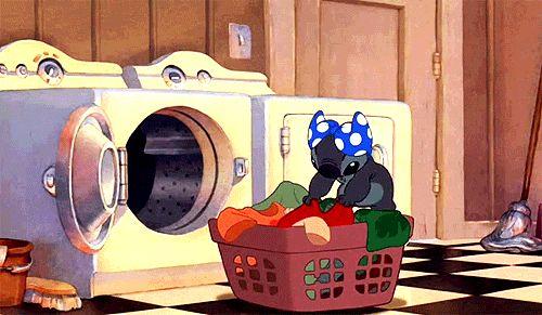 Se você não lavar a louça, ela permanece suja. Se você não lavar a roupa, não terá roupa de baixo para usar. É vergonhoso que você tenha levado duas décadas para aprender isso. | 27 fatos chocantes e inesperados que você aprende com 20 e poucos anos