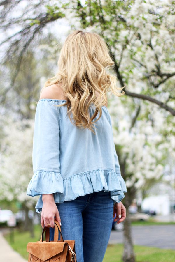 Chambray Off Shoulder Top, Pretty Blonde hair, Madewell Jeans, Spring Style