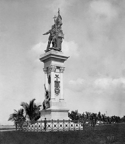 Legazpi-Urdaneta Monument In Luneta, Manila, Philippines