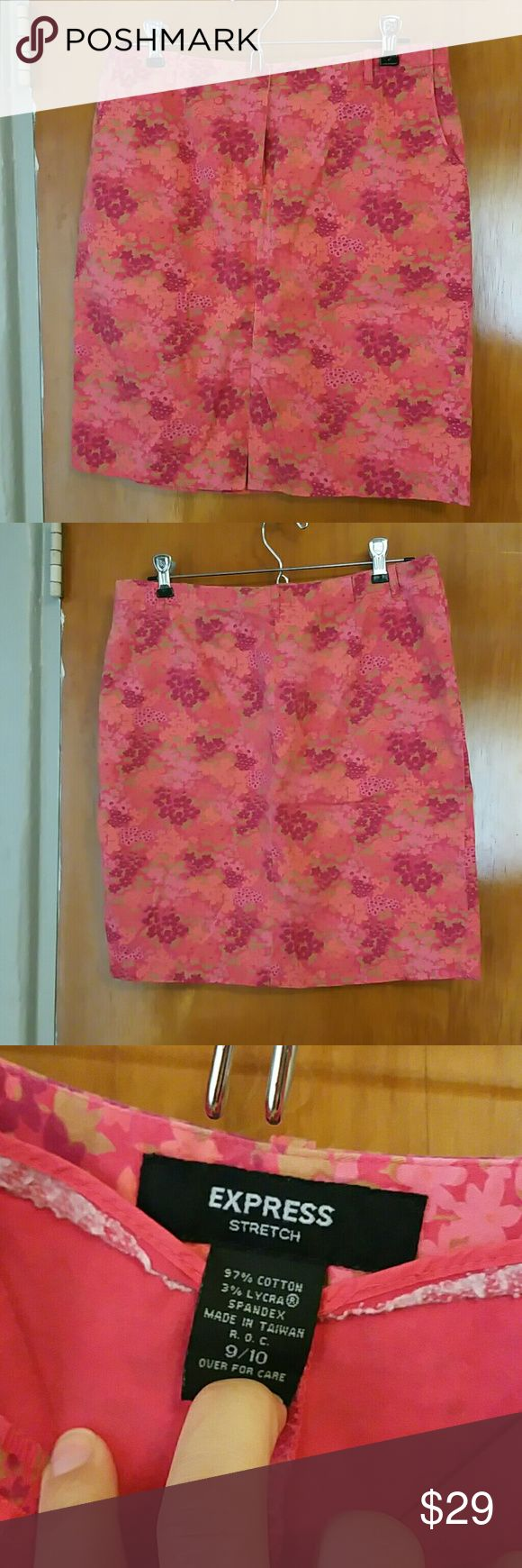 Express Floral Stretch Skirt Fun and colorful and comfortable stretchy skirt by Express. Perfect for work during the Spring and Summer. Flowers remind me of hyacinths Express Skirts Pencil