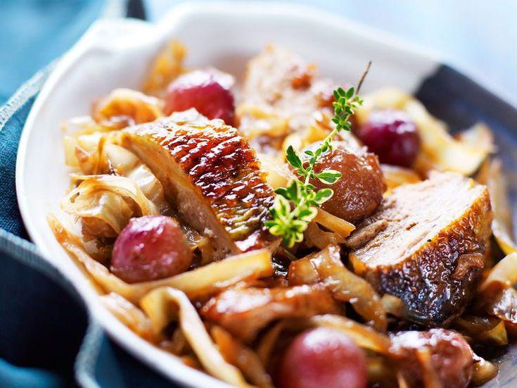 Découvrez la recette Pintade aux raisins sur cuisineactuelle.fr.