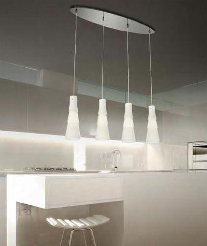 BUD to seria lamp przeznaczonych do jadalni lub kuchni nad wyspę.