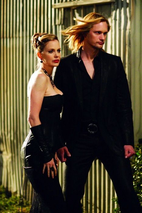 Eric  his Progeny Pam   True Blood S-1 LUV the photo Eric has his long hair