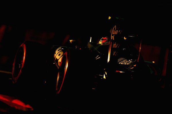 Jenson Button of Great Britain driving the (22) McLaren Honda Formula 1 Team McLaren MP4-31 Honda RA616H Hybrid turbo on track  during the Abu Dhabi Formula One Grand Prix at Yas Marina Circuit on November 27, 2016 in Abu Dhabi, United Arab Emirates.