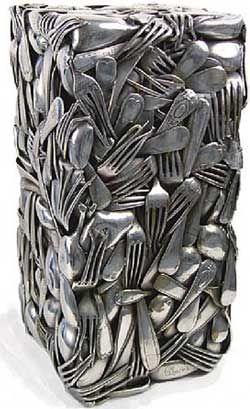 César - sculpture  Compression de couverts, fouchettes, cuillères